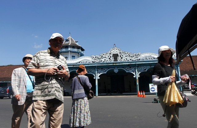 Solo Surakarta Tour