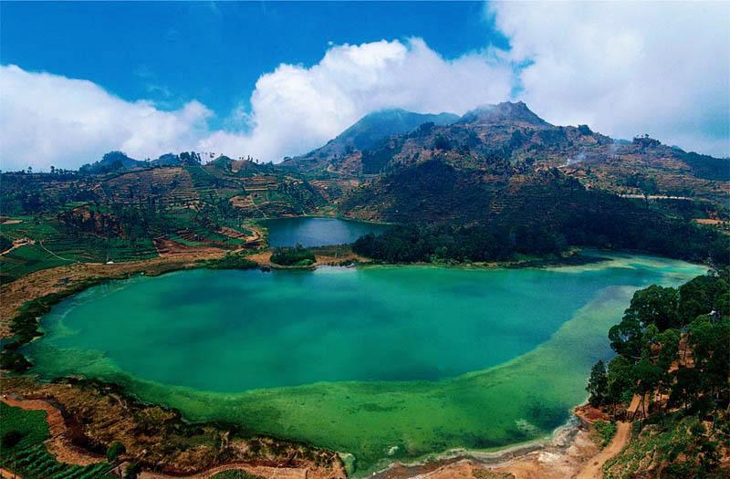Dieng Plateau Telaga Warna The Color Changing Lake